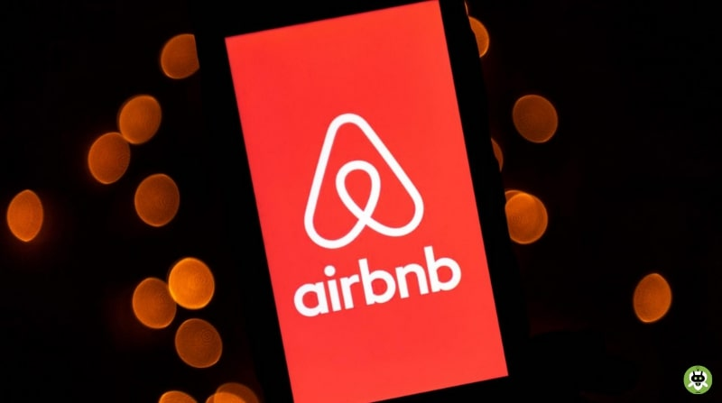 Airbnb Hires Former Apple Designer Jonathan Ive: Everything We Know